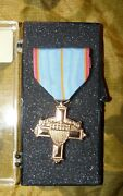Vermont National Guard Full Size Distinguished Service Medal In Storage Case