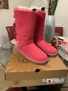 Pink Uggs Size 6 Barely Worn.