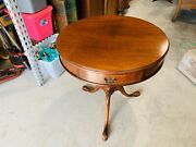 Beautiful Round Mahogany Duncan Phyfe Style Carved Legs Drum Table L@@k