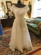 Stunning Vintage Antique Ivory Wedding Gown W/lace Applique Vintage Pearls S10