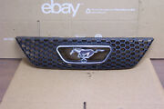 2002 And Other Ford Mustang Gt Front Oem Grille Grill W/horse And Corral Xr3x-
