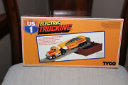 Tyco Ho Scale Us 1 Electric Trucking Gravel Unloading Site With Trailer Sealed