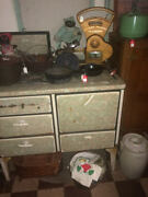 Antique Preference Brand Gas Cook Stove