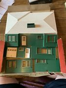 Plasticville Rh-1 Ranch House - Green Walls, White Trim And Roof - O/s Scale - O/b