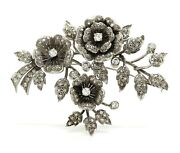 Platinum Brooch With Rose Branches In Natural Diamonds Style European Style