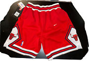 Chicago Bulls Authentic Vintage Nike Shorts Size 34 With Original Nike Nba Tags