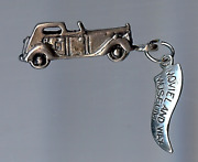 Vintage 3d Sterling Silver Movieland Wax Museum Car Charm