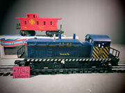 Lionel - 8010 Santa Fe Switcher With Lionel Santa Fe Caboose With Light O.b.