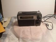 Vintage Nuvox Am/fm 290 Portable Radio - Battery Operated And Electric Tested