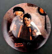 1981 Norman Rockwell The Music Maker By Edwin Knowles Decorative Plate New