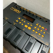 Roland Gr-1 Guitar Synthesizer Pedal U626 190708 Used Working From Japan
