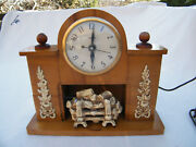 Vintage United Electric Flickering Flame Fireplace Clock 419 Tested And Working