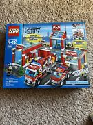 Lego Town City Set 7945 Fire Station New Complete Sealed