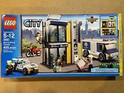 Lego City 3661bank And Money Transfer Brand New, And Factory Sealed In Box