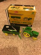 Wr Case And Sons Xx Ertl John Deere Model D Tractor With Hay Wagon And Knife
