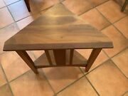 Ethan Allen American Impressions Triangle Table  Wood248506