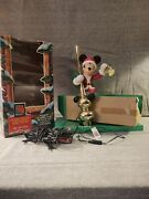 Working 1995 Disney Mr. Christmas Mickey Mouse Lighted Animated Tree Topper
