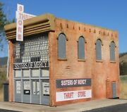 Downtown Deco O On3 On30 Scale Sisters Of Mercy Building Kit + 30 Sidewalks