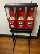 Oak Acorn Andnbsp25 Cent Gumball Candy Nut Vending Machine On Stand W/tray And W/ Key