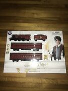 Lionel 7-11981 Harry Potter Hogwarts Express Battery Operated Train Set 28 Piece