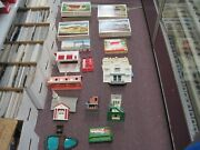 Large Lot Of Plasticville And Lionel Buildings And Accessories