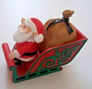 Santa Claus And Sleigh Plastic Figure Misfit Toys Rudolph Round 2 Character Arts