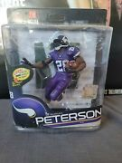 Mcfarlane Nfl 34 Adrian Peterson Vikings Gold Level Chase Figure 150 Of 500