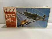 + Frog 1/72 Scale Supermarine Spitfire Mk14 And German Flying Bomb F194 St