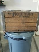 Vintage Wood And Metal Milk Crate Bowman Dairy Chicago Il. 13 X 11 19 Inches