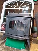 Vermont Castings Vigilant Wood Stove W/ Big Glass Door Inserts Great Condition