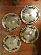 1982 1983 1984 1985 Olds Oldsmobile Cutlass Hubcap Nice Used Set Of 4 Lot
