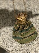 Vintage 1930 Germany Accordion Chainmail Gold And Green Purse With Black Pearls