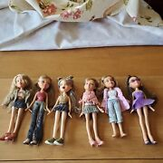 Vintage 2001 Bratz Dolls Lot Of 6, Shoes, Brushes, Scooter Purses, Pre-owned