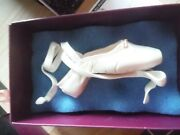 Just The Right Shoe En Pointe Champagne Signed Item 25239 Hard To Find