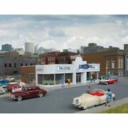 Walthers 933-3490 - Vintage Ford Auto Dealer  - Ho Scale Kit