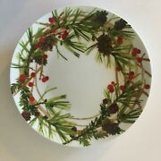 Hallmark Christmas Plate Pine Cone Branches Holly Berries 8.25 Wreath