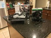 Microsoft Xbox One S 1tb Console White-4 Controllers-kinect-chargers And Headset