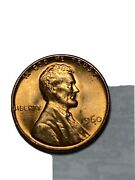1960 Penny No Mint Mark. This Is A Beautiful Coin And Over 60 Years Old. Seepic