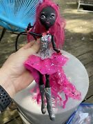 Monster High Catty Noir 13 Wishes Doll Outfit Shoes Book