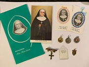Lot Of Vintage Mere Mother Marie-leonie Nuns Relics, Medals And Holy Cards