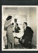 William Holden + Frances Dee On Set Between Takes -1942 Dblwt - Meet The Stewart