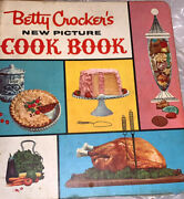 Vtg 1961 Betty Crocker Cookbook 5 Ring Binder First Edition Collectible Recipes