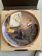 """Edwin M. Knowles 1987 """"serious Business"""" Collectible Plate."""