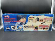 Vintage 1979 Mattel Hot Wheels Service Center Sto And Go Set New Old Stock[me]
