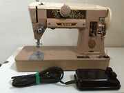 Vintage Singer 401a Sewing Machine With Foot Pedal Excellent Condition