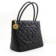 Y99 Authentic Gold Medallion Caviar Shoulder Bag Grand Shopping Tote