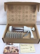 Pampered Chef Cookie Press 1525 With 16 Discs - New With Box Free Shipping