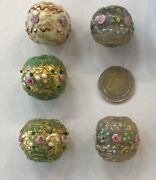 3189 Largest Ever Antique Wedding Cake Glass Beads.venice Or Murano.