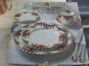 Vintage 20 Piece Setting Royal Albert Old Country Roses China Made England Nos