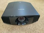 Sony Native 4k Video Projector Vpl-vw285es - 4424 Hrs Used